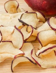 Golden Gourmet Cinnamon Apple Chips 1/4 Pound