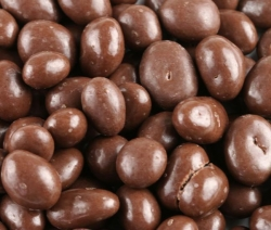 Carob Coated Raisins Per 1/4 Pound