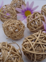 "Natural Vine Ball 4 cm (1.75"") 50 Pack"